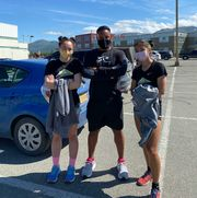 dewayne ingram and some of the runners from kindness run