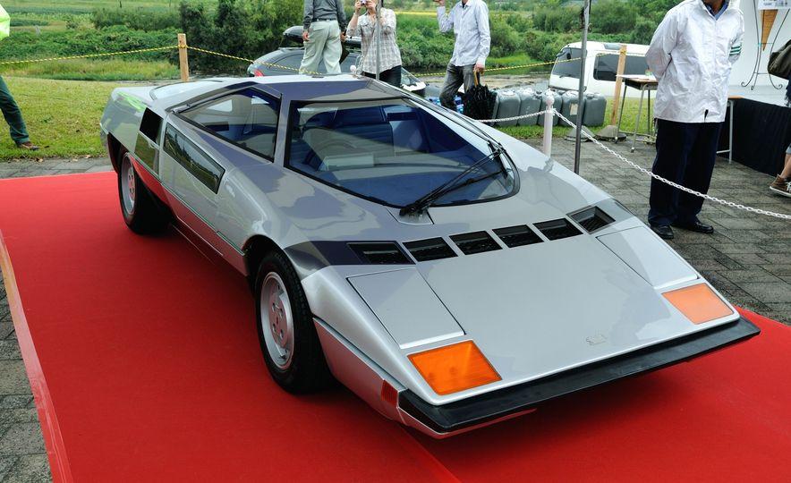 Doorstop Believin': 27 Incredible Concept Cars of the Wedge Era - Slide 27