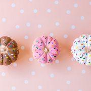 Sprinkles, Pink, Doughnut, Food, Dessert, Baking, Buttercream, Pattern, Baked goods, Sweetness,