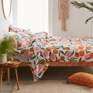Bed sheet, Bedding, Orange, Furniture, Bedroom, Bed, Textile, Room, Pillow, Duvet,