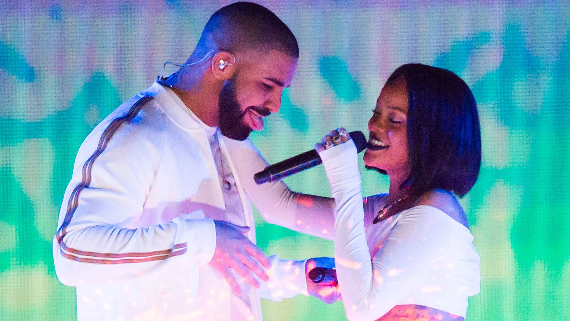 Drake had a brilliant response to being booed off stage