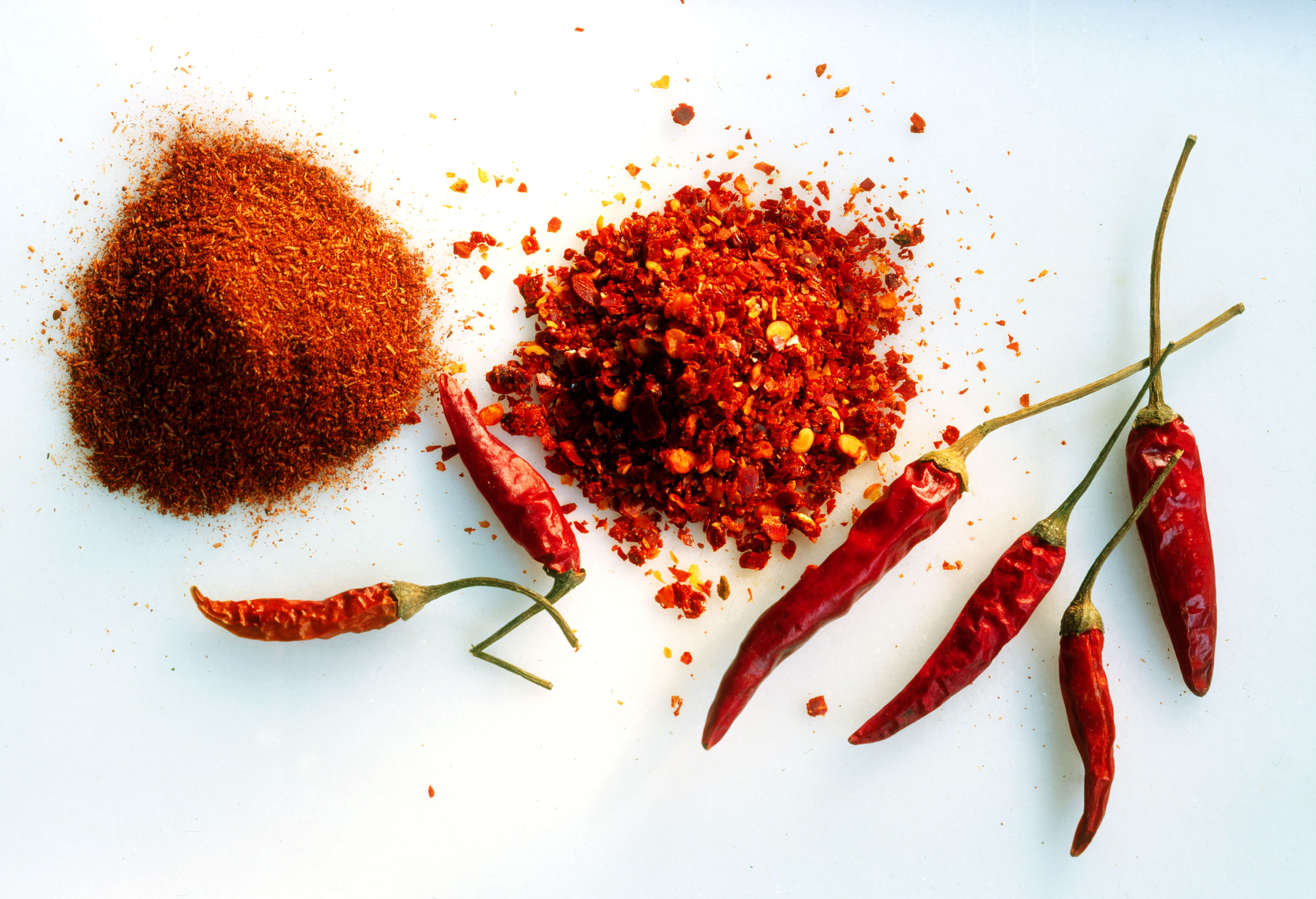 Dried, crushed & ground chillies