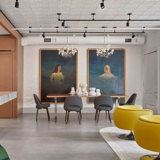 dining area in a soho loft by ghislaine vinas and alexander butler