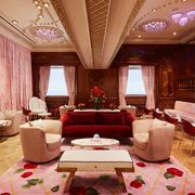 elle decor cafe at the plaza hotel