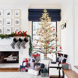 Christmas tree, White, Christmas decoration, Room, Living room, Red, Interior design, Home, Tree, Furniture,