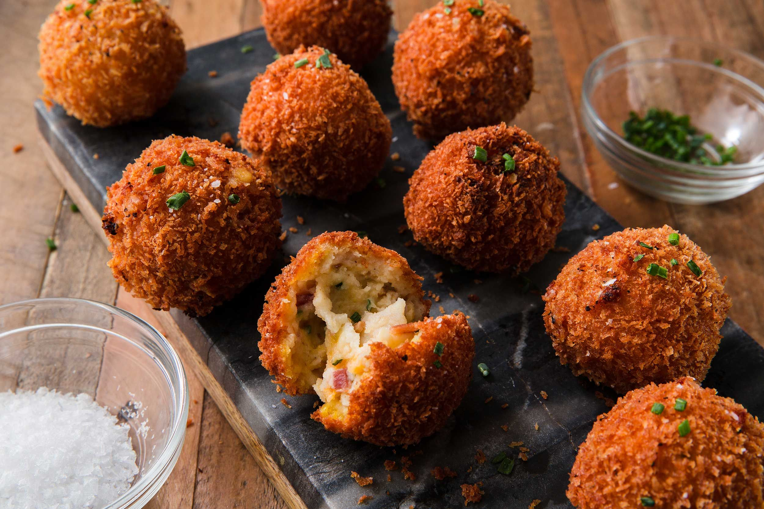 Best Fried Mashed Potato Balls Recipe — How To Make Fried Mashed Potato  Balls