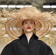 Hair, Hairstyle, Fashion, Headgear, Hat, Fashion accessory, Fashion design,