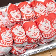 wendy's tray of food