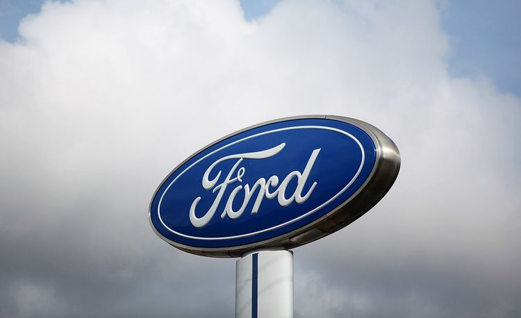 Ford Recalls 504,000 Fusions and Escapes for Broken Shifter Cables