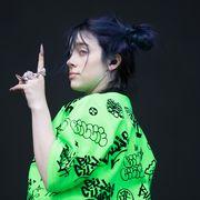 Green, Performance, Black hair, Photography, Singer, Pop music, Performing arts, Gesture,