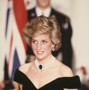 diana, princess of wales  1961   1997 wearing a black evening gown by victor edelstein during a ball hosted by ronald and nancy reagan at the white house in washington, dc, november 1985   photo by terry fincherprincess diana archivegetty images