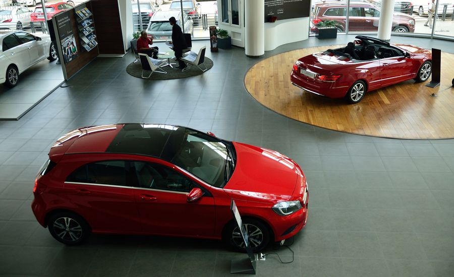 Should You Order your Next Car or Buy from Dealer Inventory?