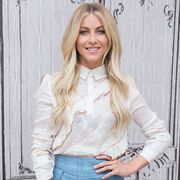 Hair, White, Blond, Clothing, Hairstyle, Jeans, Beauty, Long hair, Fashion, Layered hair,