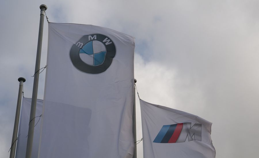 BMW M Committed to Manual Transmissions—for Now