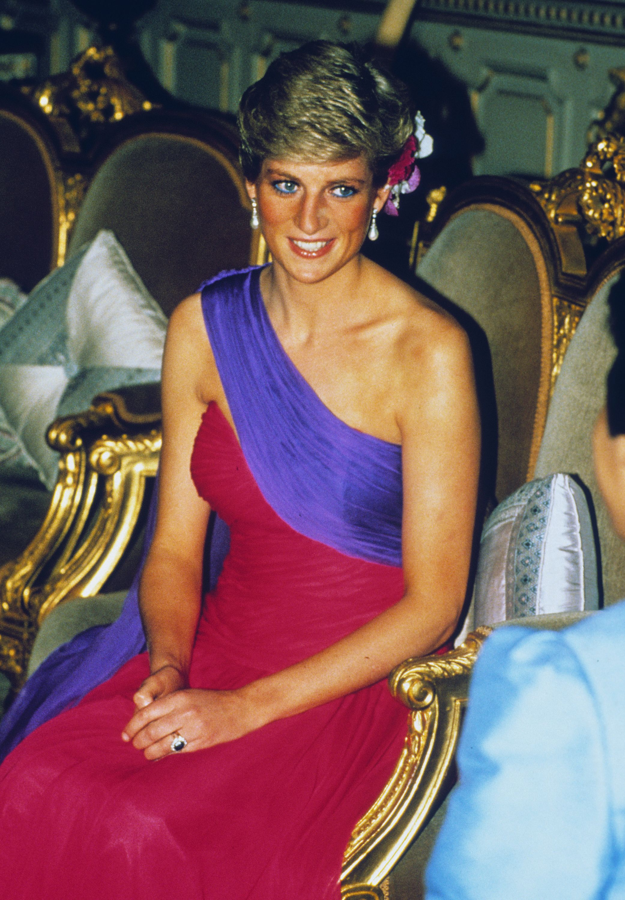 Meghan's Bright Outfit Took Inspiration From Diana