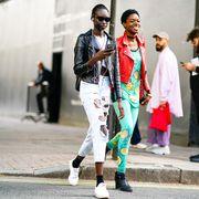 Street fashion, Fashion, Snapshot, Street, Fashion design, Pedestrian, Photography, Style, Sportswear,