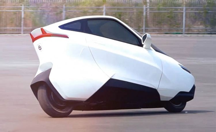 Ford's Gyron Dream Car Inspires New Two-Wheeled Single-Seater from China