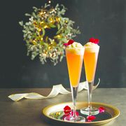 Champagne cocktail, Cocktail garnish, Drink, Food, Non-alcoholic beverage, Champagne stemware, Alcoholic beverage, Mimosa, Ingredient, Bellini,