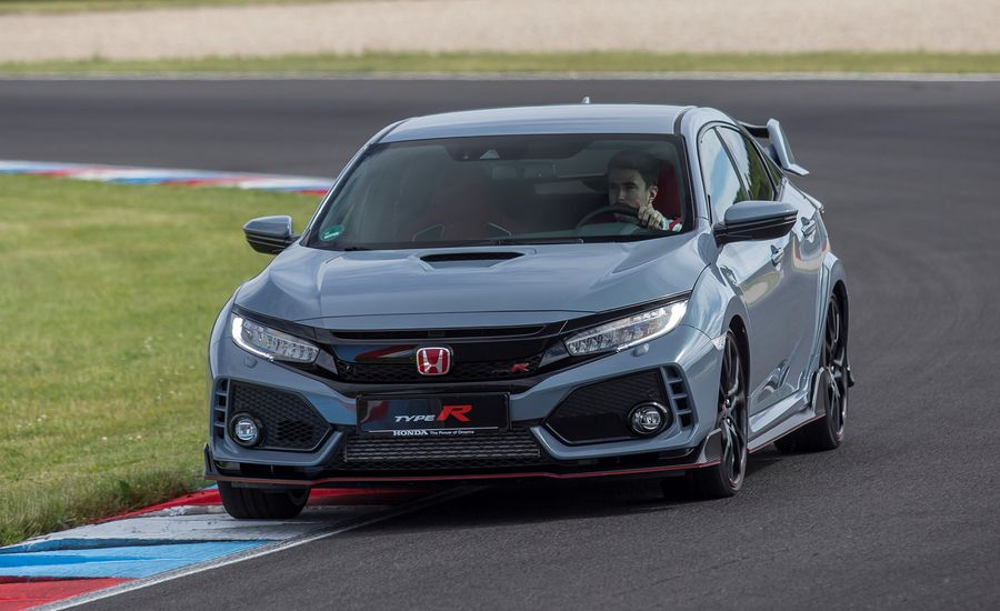The 2019 Honda Civic Type R Gets a Cool New Color and a Volume Knob