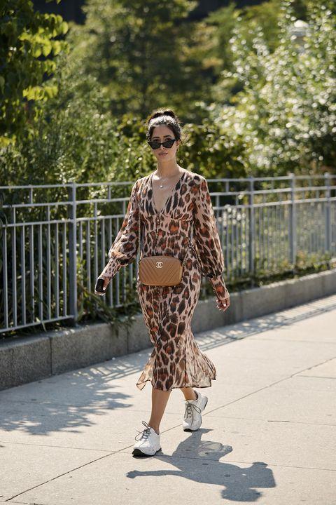 Street fashion, Clothing, Fashion, Snapshot, Footwear, Eyewear, Brown, Sunglasses, Outerwear, Shoe,