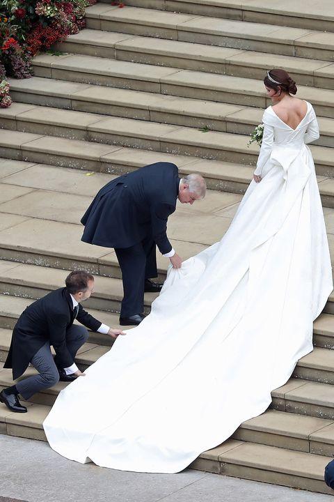 Bride, Wedding dress, Photograph, Gown, Dress, Bridal clothing, Veil, Ceremony, Wedding, Bridal accessory,