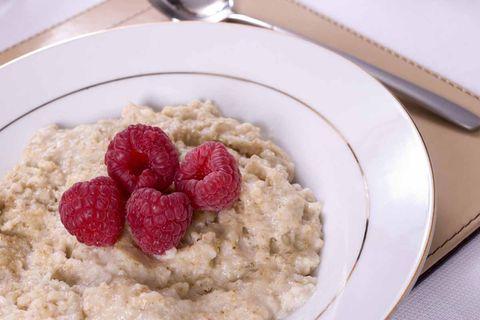 Dish, Food, Cuisine, Porridge, Ingredient, Breakfast cereal, Breakfast, Vegetarian food, Oatmeal, Produce,