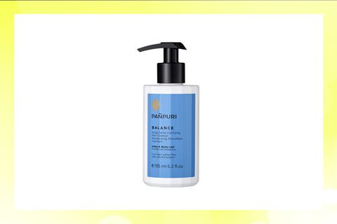 Product, Water, Skin care, Liquid, Wash bottle, Hand, Fluid, Lotion, Soap dispenser,