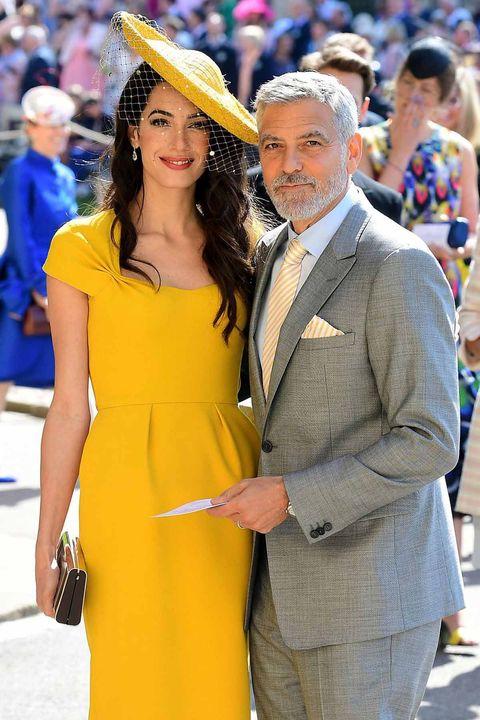 Yellow, Fashion, Dress, Cobalt blue, Beauty, Event, Electric blue, Suit, Headgear, Hat,