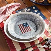 Dishware, Food, Plate, Platter, Dish, Cuisine, Tableware, Serveware, Saucer, Dinnerware set,