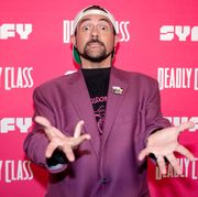 """kevin smith hosts premiere week screening of syfy's """"deadly class"""" with cast"""