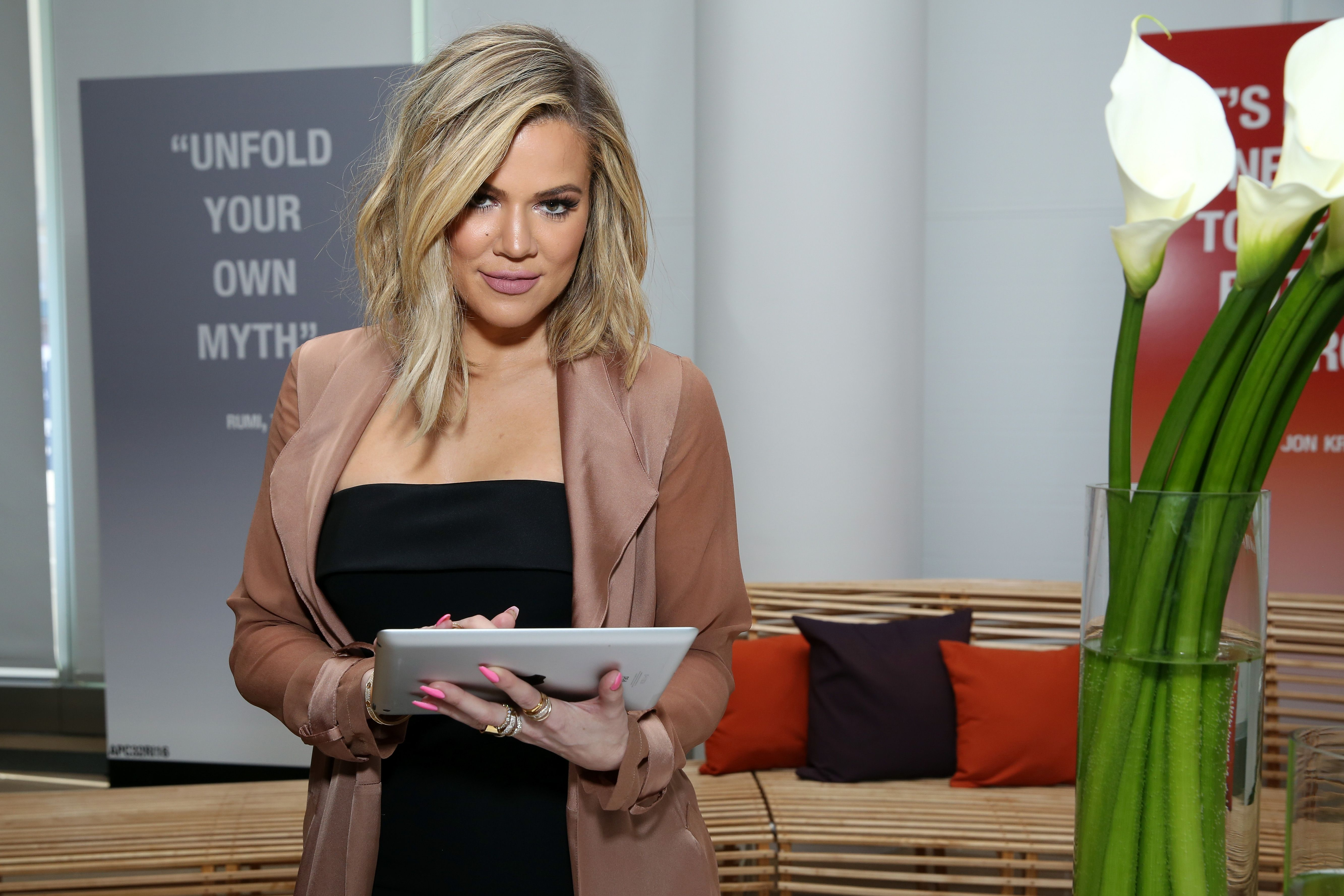 Fans Are Freaking Out Over How Different Khloé Kardashian Looks in This Video