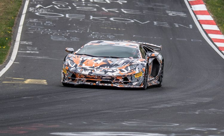 Watch Lamborghini's Ballsiest Aventador Set New Nurburgring Record [Video]