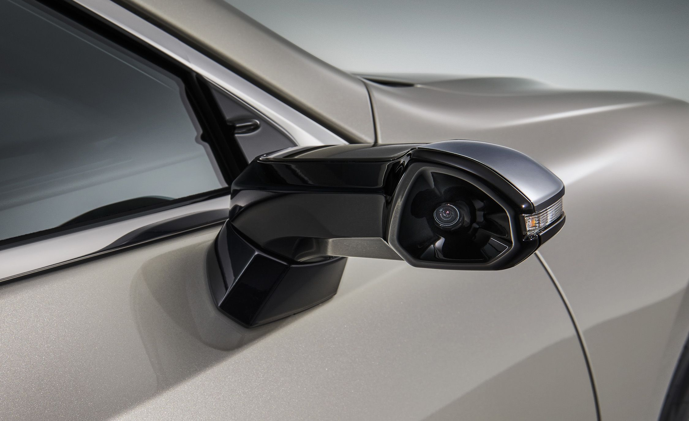 The Lexus ES Will Be the First Mass-Produced Car with Cameras Instead of Side-View Mirrors