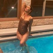 lisa rinna swimsuit photo