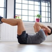 a man doing stomach workouts