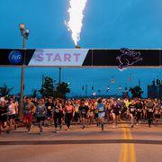 flying pigs marathon start line