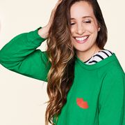 Green, Clothing, Outerwear, T-shirt, Hoodie, Smile, Jersey, Sweater, Sleeve, Sportswear,