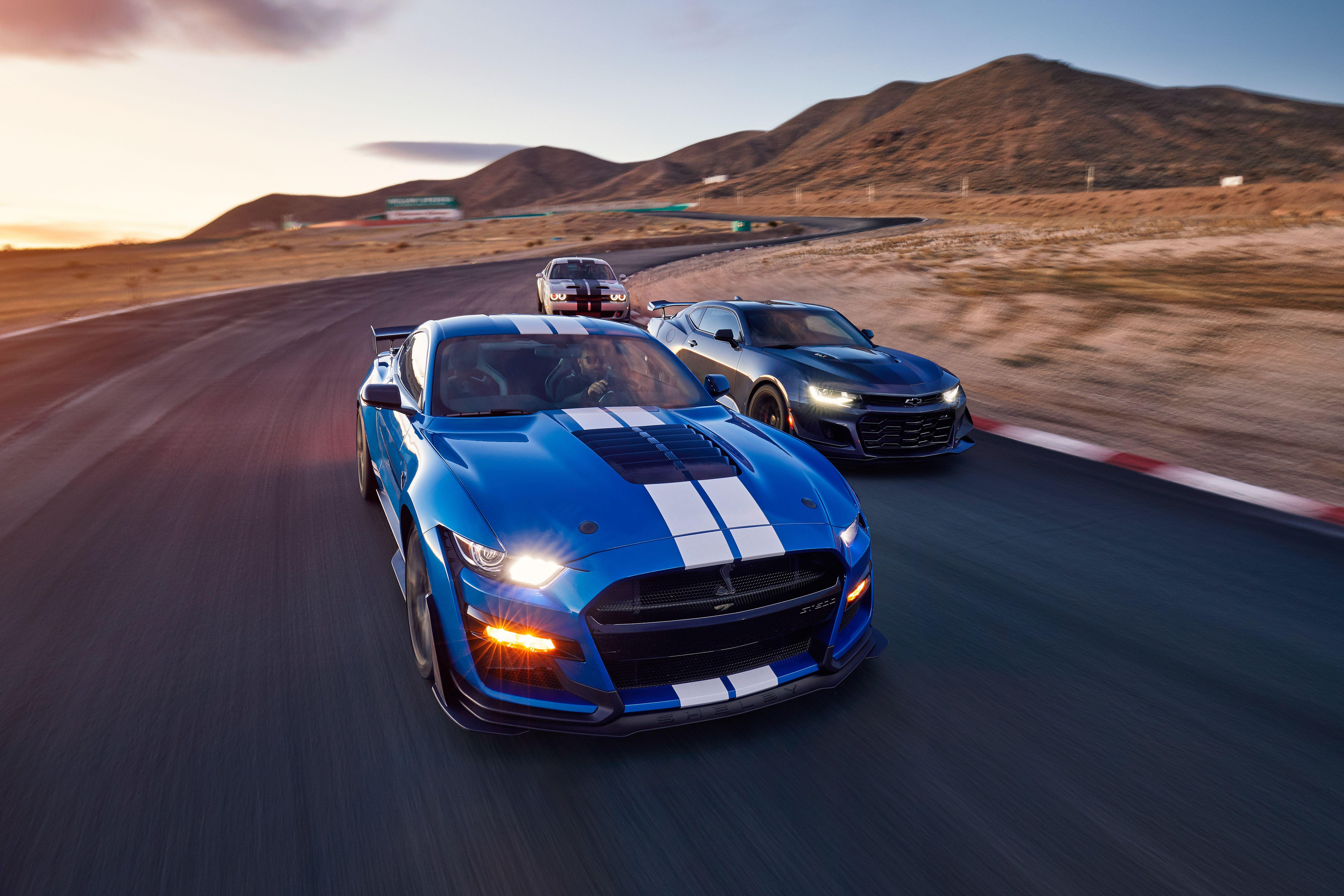 dodge challenger hellcat redeye vs camaro zl1 Comments on: Mustang Shelby GT500 vs. Camaro ZL1 1LE vs