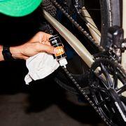 applying bike chain lube