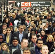 the crowded new york city subway