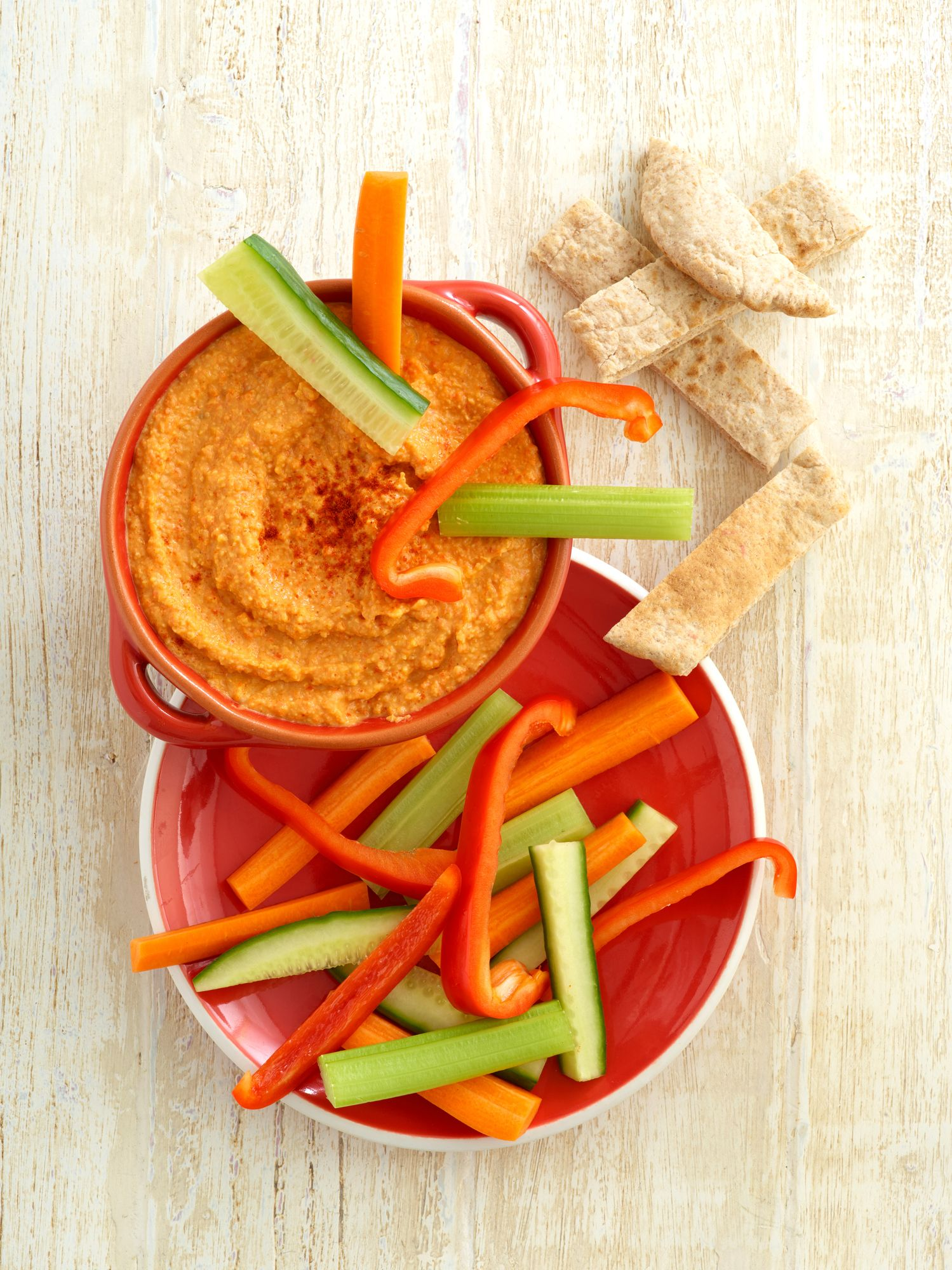vegetables hummus