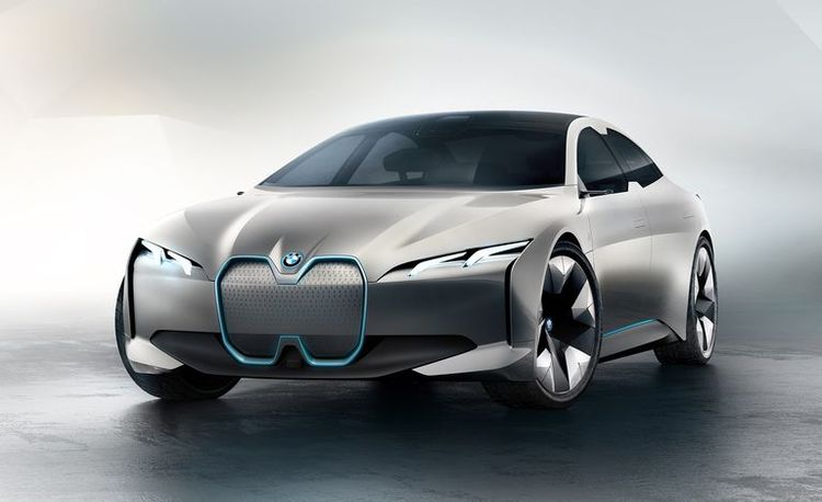BMW i4 Is a New Electric Car Coming in 2021