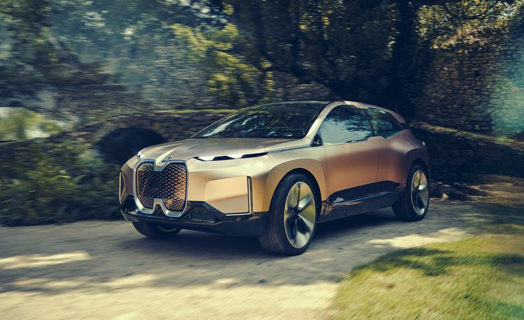 The BMW Vision iNext Is Autonomous and Frighteningly Intelligent