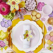 Dishware, Tableware, Plate, Dinnerware set, Serveware, Platter, Saucer, Food,