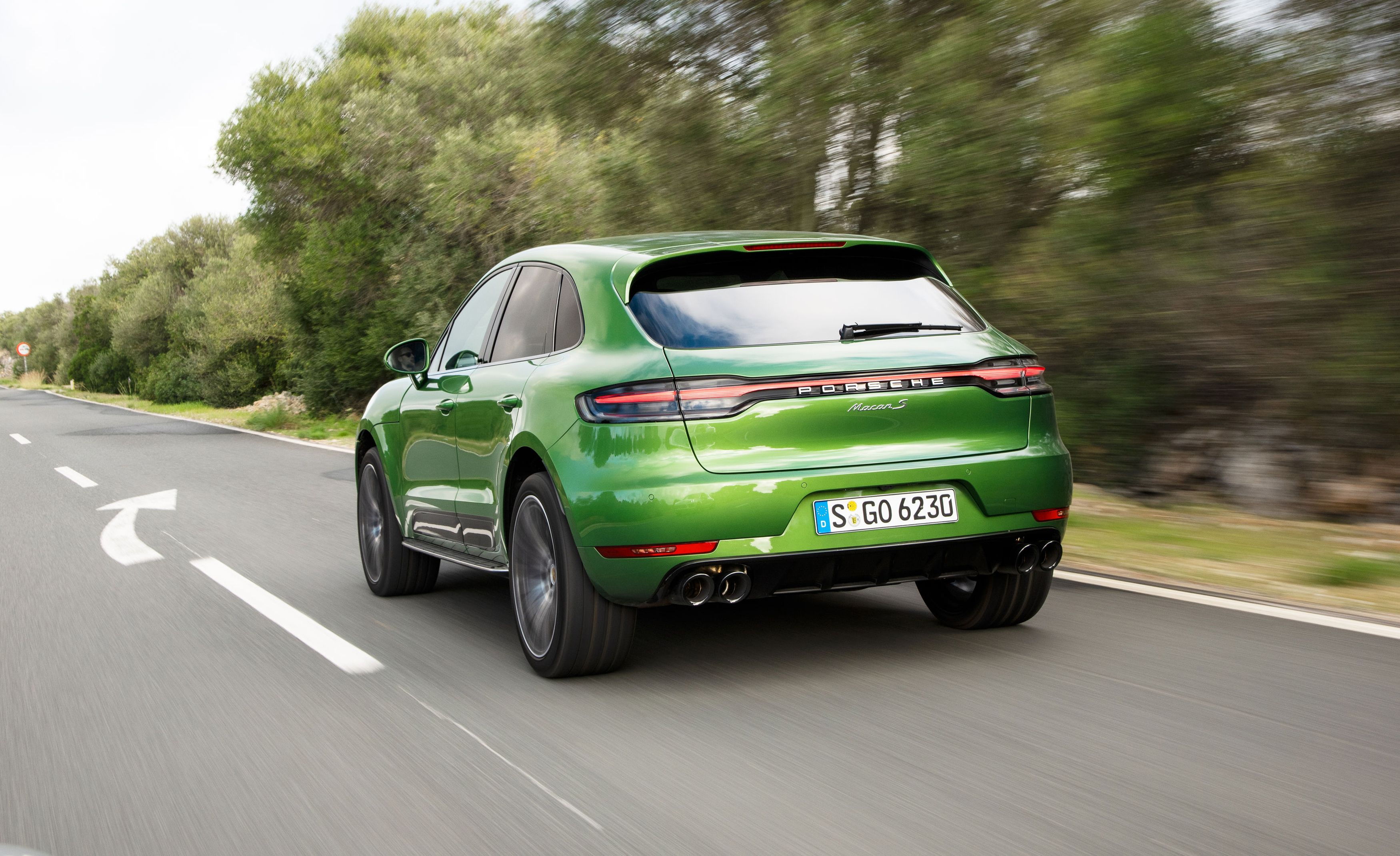 The Brilliant-Driving 2019 Porsche Macan Is Barely Changed, and That's Okay