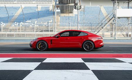 Porsche Panamera GTS Returns with Driver-Focused Goodies, Twin-Turbo V-8