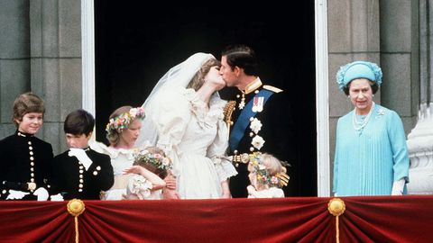 the crown the true story behind princess diana s wedding dress princess diana s wedding dress