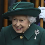 queen elizabeth attends the opening of the scottish parliament