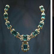 Jewellery, Fashion accessory, Necklace, Fashion, Body jewelry, Gemstone, Headpiece, Neck, Diamond, Emerald,