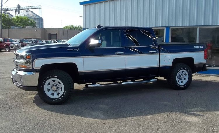 These Retro-Themed New Chevy Silverados Are the Coolest